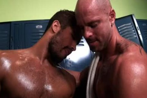 Locker Room Tryst Four Muscle studs bang