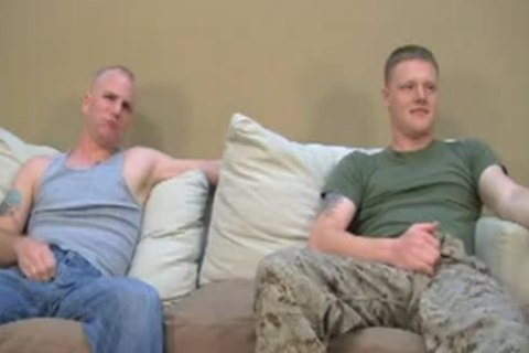 Two str8 Marines Have Gaysex For cash