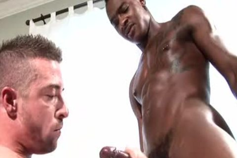 Interracial -Tyson Tyler bonks Scott Hunter