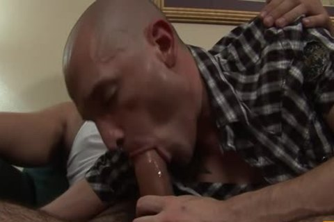 overweight Poles leaking Holes - Scene 2