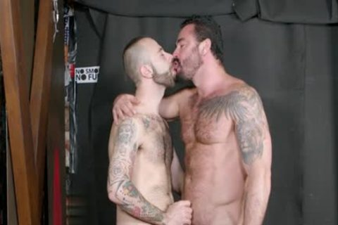 Muscle gay blow job-job With cock juice flow