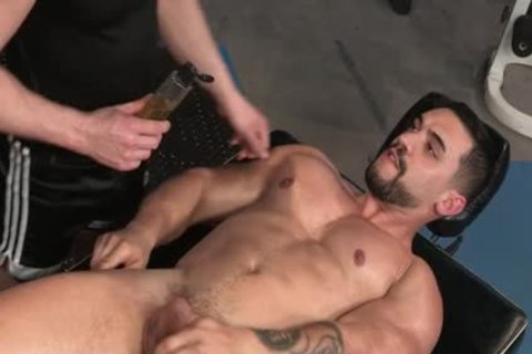 Muscle Bear butthole With butthole ejaculation