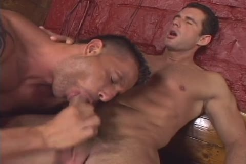 Uncut 10-Pounder Sex Club Scene 5
