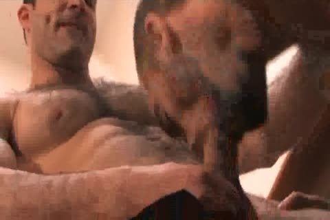 Muscle Males bunch-sex
