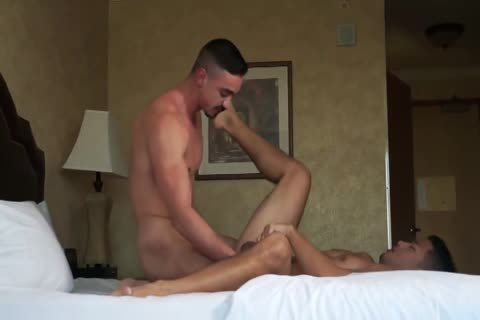 4-8 13 Hunky asian Bottomed