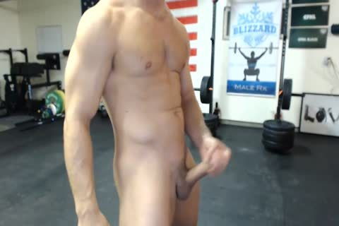 4-15 2 Athlete Cums On Camera