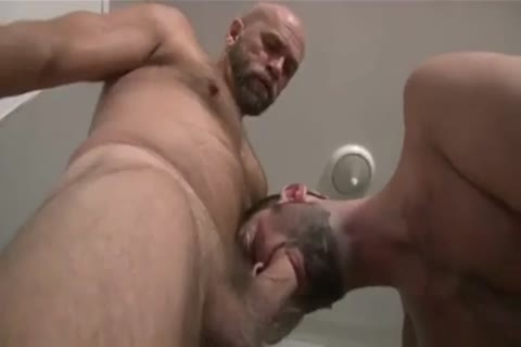 Bear shoves raw cock in hairy gazoo aperture
