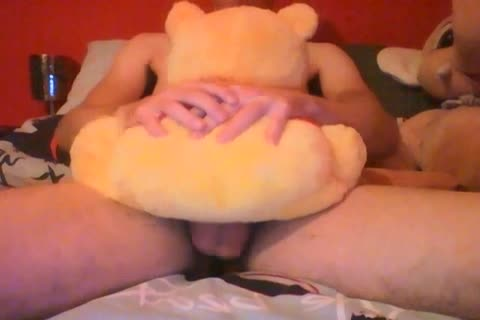 In My 3th video you Can Watch To My And My Winnie The Pooh. The majority Populair Teddebear In The World. Watch And Rate! Comments Are Welcome. PlushToyLover With Winnie The Pooh Delivery 1.