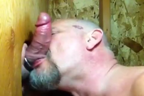 """""""Some twinks Need kissing"""": Bear sucks dick And Makes Out In Gloryaperture"""
