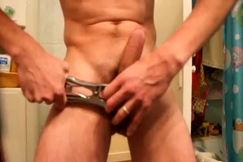 Jacking Off, After Applying A group With An Elastrator, And Hanging 2kg Weight To The Balls. almost Castrated