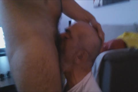 A First video Of The Great Deepthroating Session And Face fucking With The large cock Of @GrekoGay