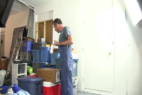 Victor Beats Off In Warehouse