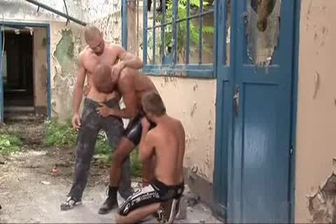 threesome Outdoor coarse Sex