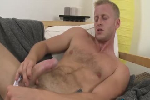 delicious Denis Reed Working Out A Messy Load Out Of his balls