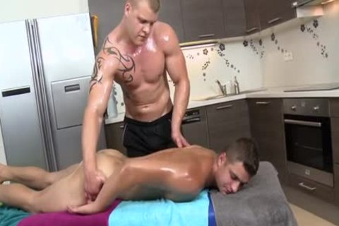 Muscle Daddy a bit of wazoo With Massage