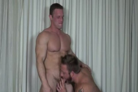 Muscle homosexuals anal sex With cumshot