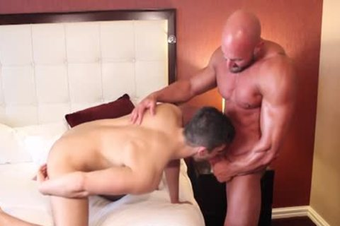 Muscle Bodybuilder sex-toy And spooge flow