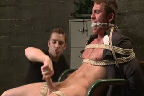 Muscle homosexual Foot Fetish With cumshot