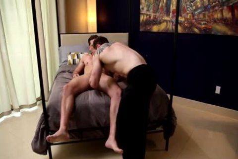 special Service – Markie greater quantity & Roman Todd
