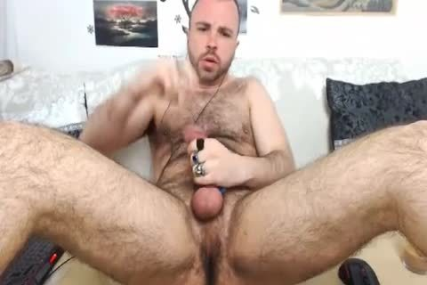 HairySexyStud. My Looks, Humor And Imagination Will Make u want to Come another time.