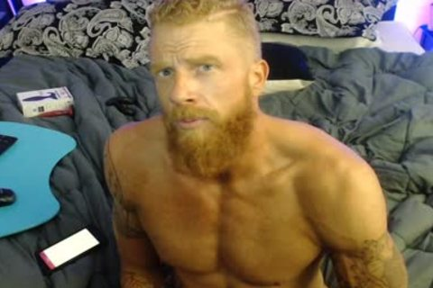 Straight Ginger cam chap
