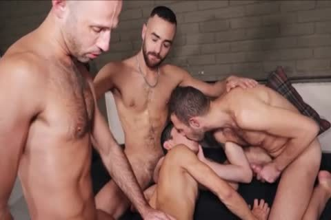 bare - raw group sex
