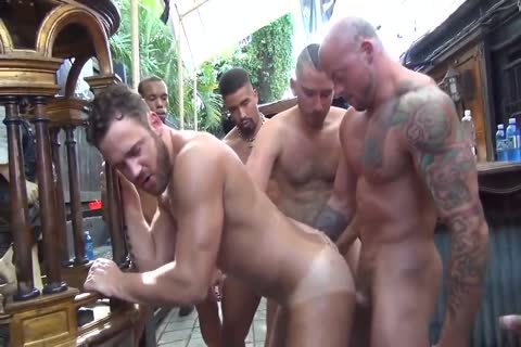 MusclePup Logan Moore gets bunch plowed & Barebacked hammer