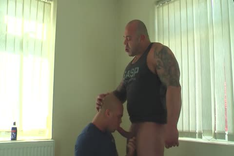 Muscle Daddy Glazing Sons gap bareback