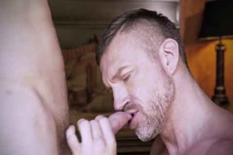 Muscle Daddy butthole invasion With cumshot