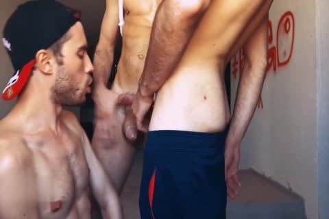 bareback fuckfest Of Russian Hunks In Basement
