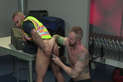 Muscle Bear fake penis And ass ejaculation