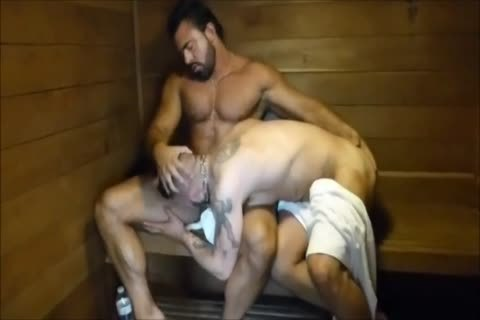 MM Two hairy Muscle Hunks poke bare At The Gym