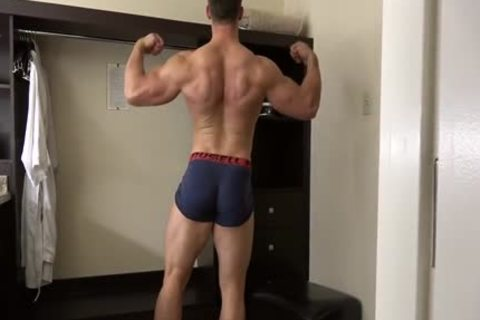 pumped up Fitness Enjoying Giving enjoyment To His sleazy Body