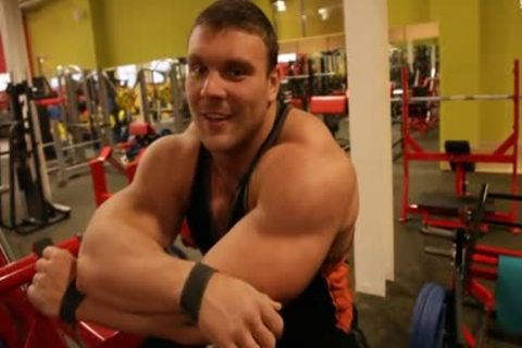 Ruso large (Russian Federation Muscle)