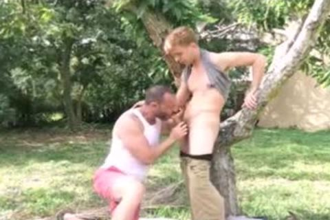 legal age teenager bonks His Muscle Daddy outside