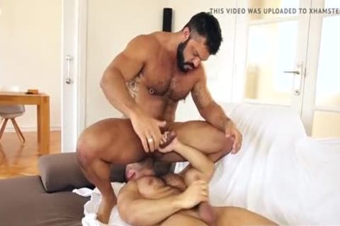 bare Muscle drilling