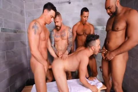 Cell Block orgy <3