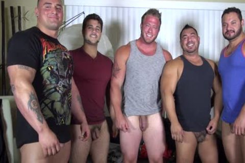 naked Party  LATINO Muscle Bear house - non-professional joy W/ Aaron Bruiser