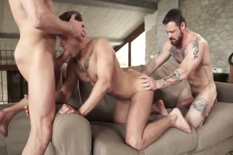 banging bareback HD 133
