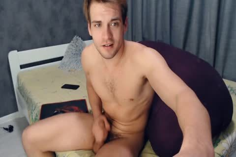 yummy And skinny 22yo Russian boy gal Cums On Chaturbate