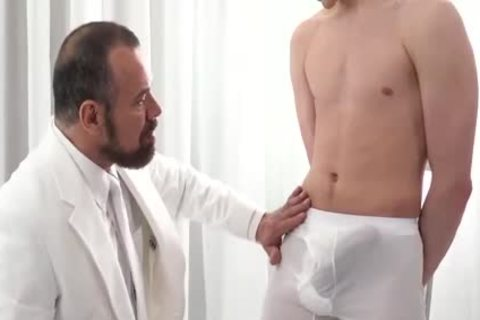 MormonBoyz juicy Daddy receives Serviced By A juvenile Missiona
