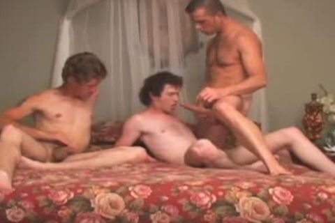 undressedback anal pound 3some with daddy charming